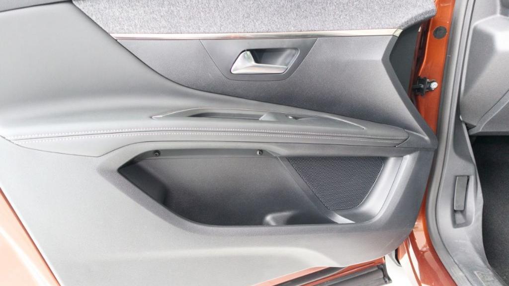 Peugeot 3008 2019 Interior 043