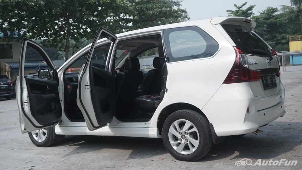 Toyota Avanza Veloz 1.3 MT Exterior 012