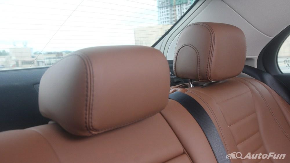Mercedes-Benz E-Class 2019 Interior 106