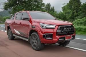 Jajal Toyota Hilux GR Sport 2021 di Thailand, Wajah Garang Tapi Nyaman Buat Harian