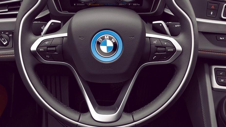 BMW I8 Coupe 2019 Interior 002