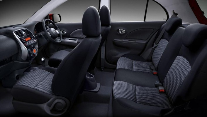 Nissan March 2019 Interior 006