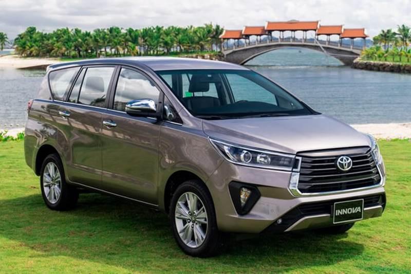 Toyota Kijang Innova hybrid 2022 -1