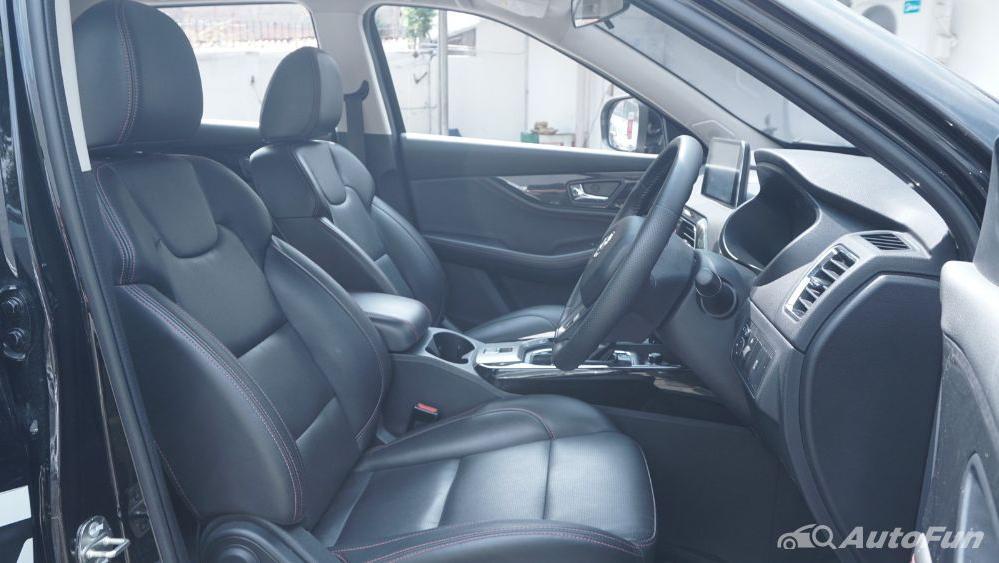 DFSK Glory 560 1.5L Turbo CVT L-Type Interior 031