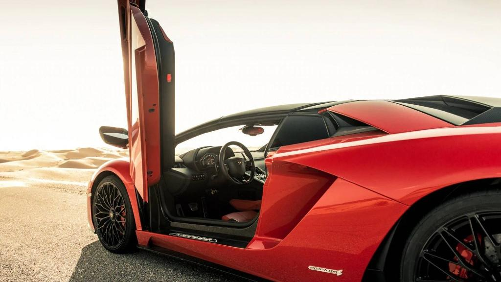 Lamborghini Aventador 2019 Exterior 033