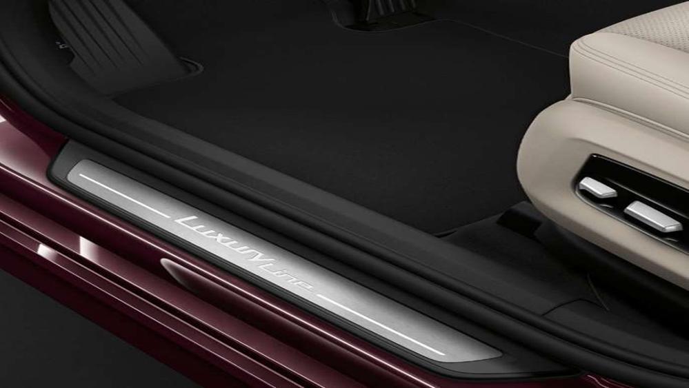BMW 6 Series Gran Turismo 2019 Interior 006