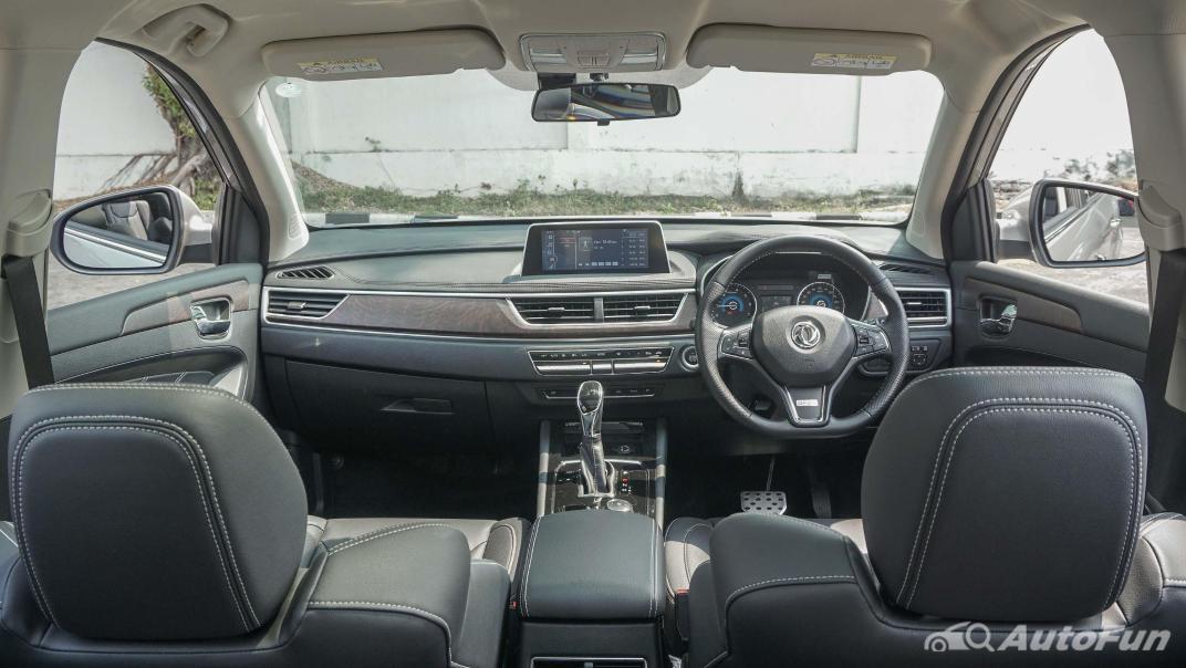 DFSK Glory i-Auto Intelligent Interior 002