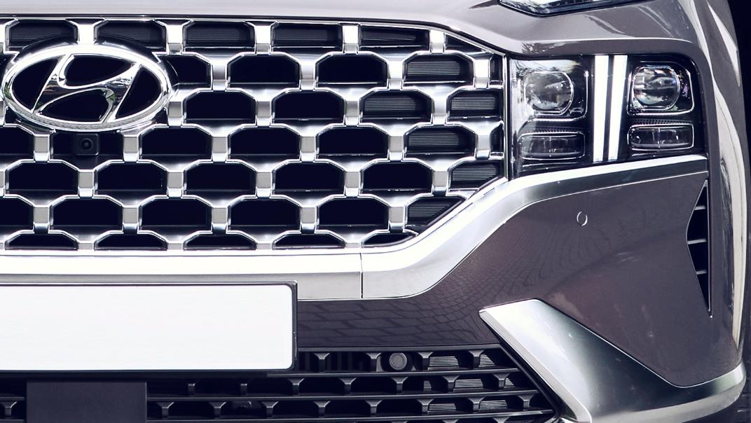 2021 Hyundai Santa Fe Exterior 002