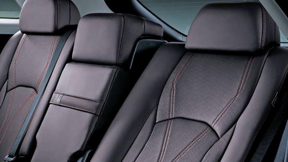 Lexus RX 2019 Interior 009