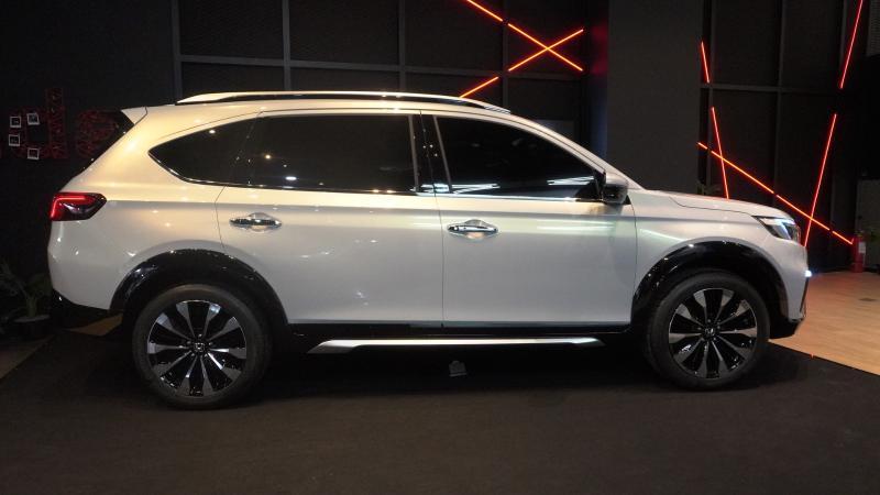 Adu Dimensi Honda N7X Concept Vs Toyota Rush Vs Mitsubishi Xpander Cross, Mana Paling Besar? 02