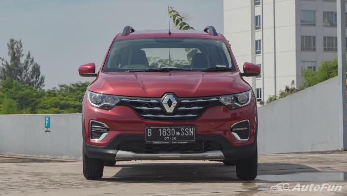 Renault Triber RXZ MT Exterior 009