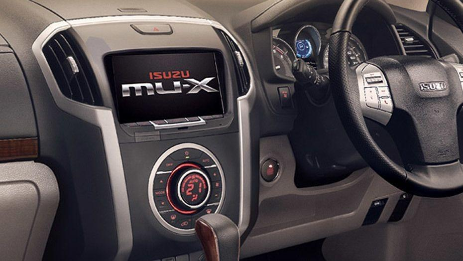 Isuzu MU-X 2019 Interior 003