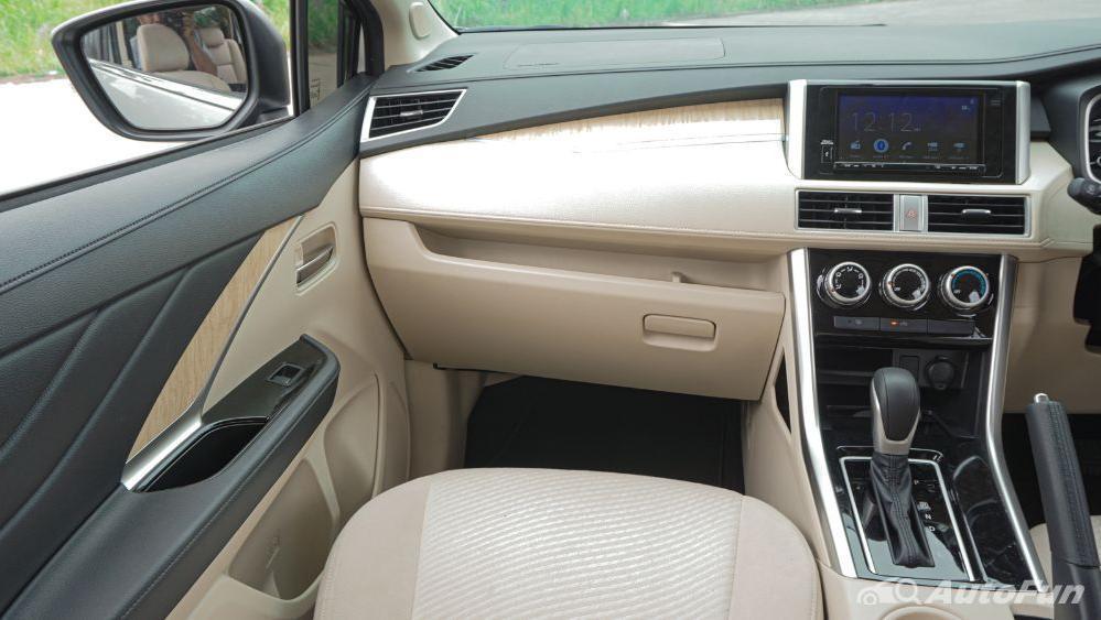 Mitsubishi Xpander Ultimate A/T Interior 007