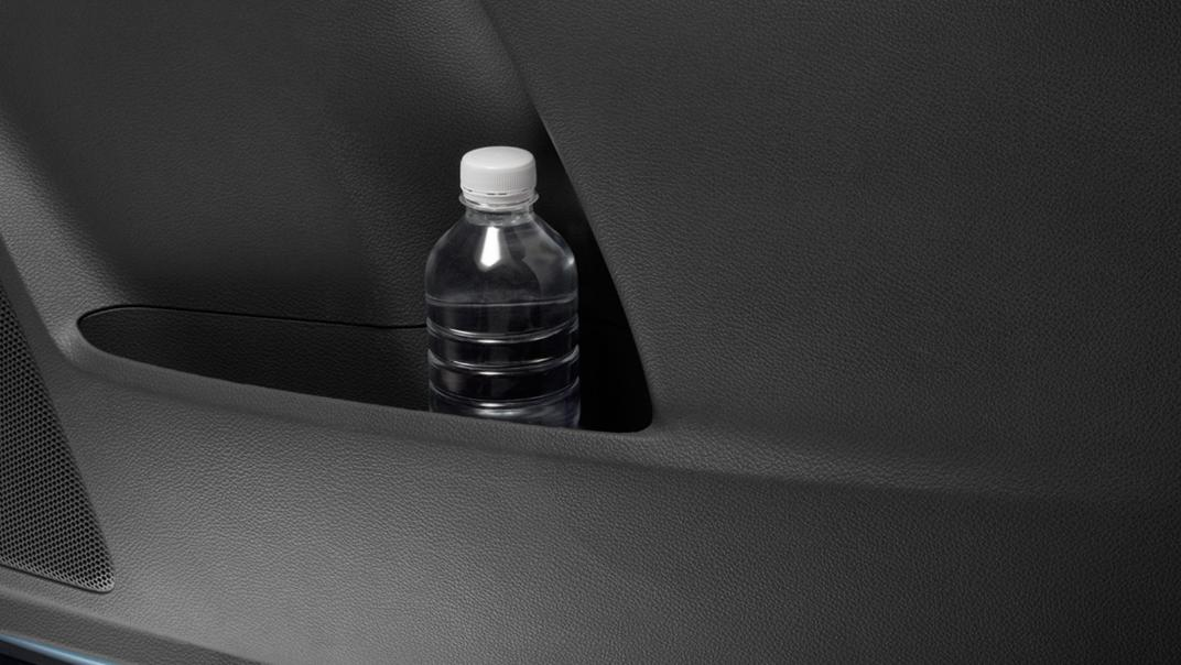 2021 Mazda BT-50 Upcoming Version Interior 017