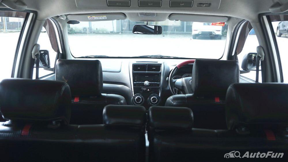 Toyota Avanza Veloz 1.3 MT Interior 043