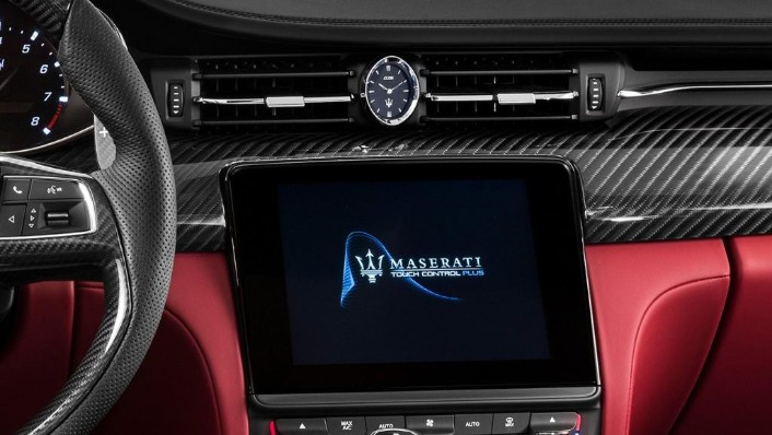 Maserati Quattroporte 2019 Interior 003
