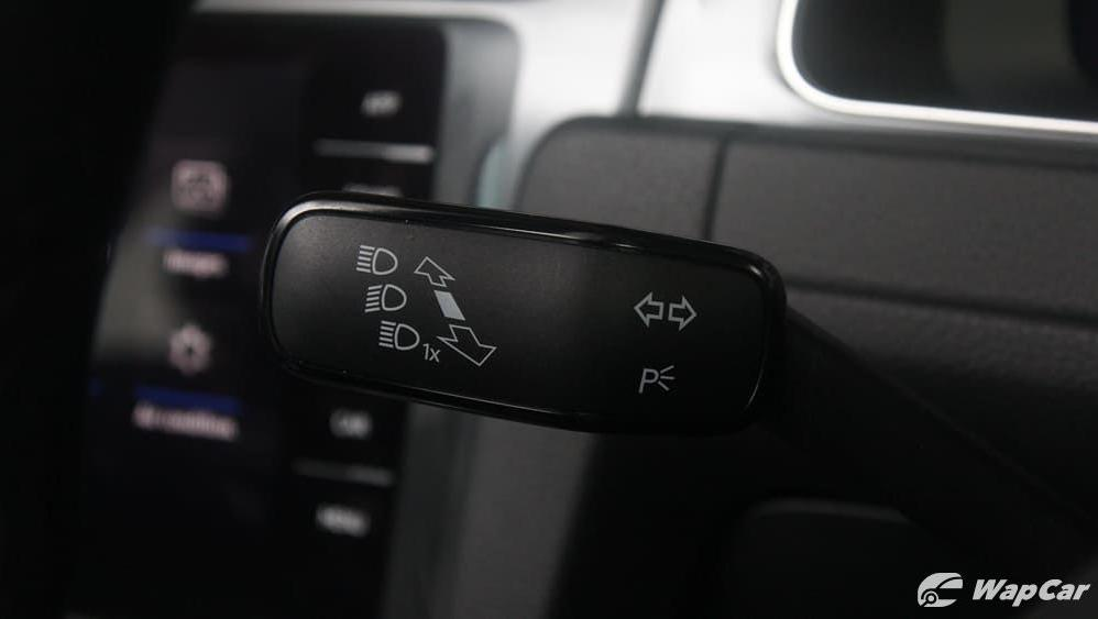 Volkswagen Golf 2019 Interior 007