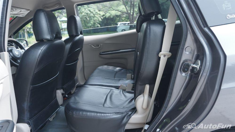 Honda Mobilio E CVT Interior 027