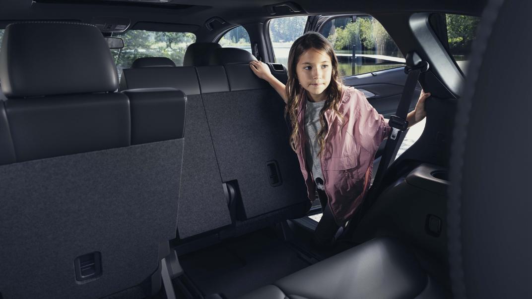 2021 Mazda CX 9 Interior 010