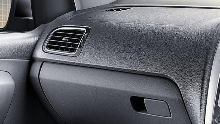 Volkswagen Polo 2019 Interior 008