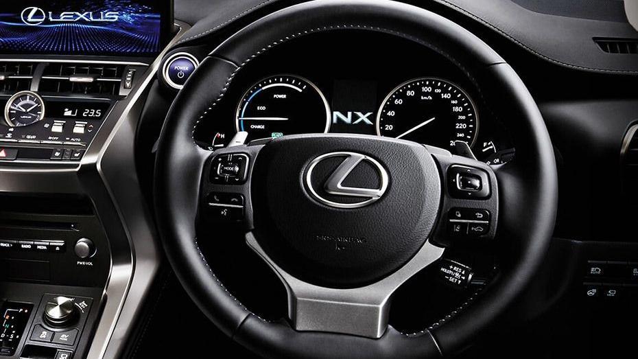 Lexus NX 2019 Interior 002