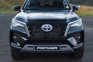 Toyota Fortuner 2.8 VRZ Siap Dirilis, Ada Tipe 4x2 dan 4x4, Ini Perkiraan Harganya