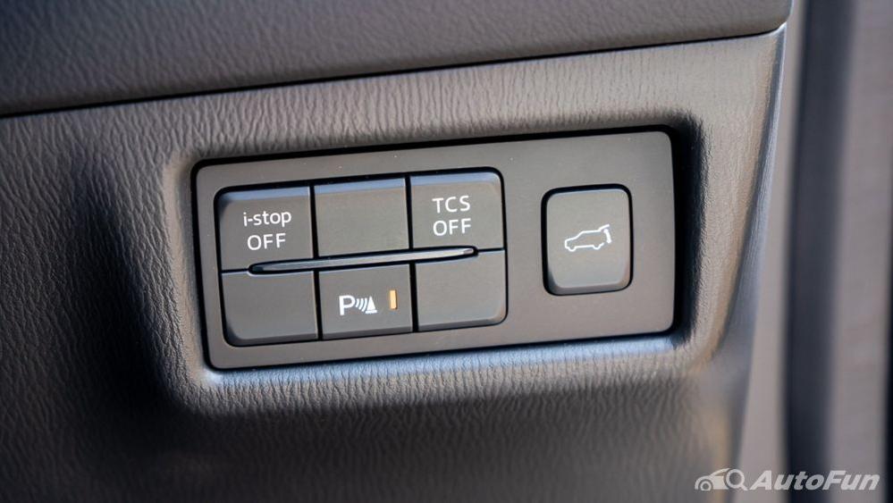 Mazda CX 8 2019 Interior 015