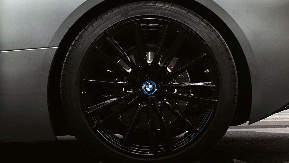 BMW I8 Coupe 2019 Exterior 007