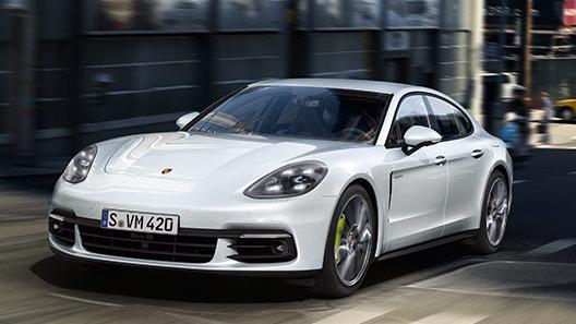 Porsche Panamera 2019 Exterior 002