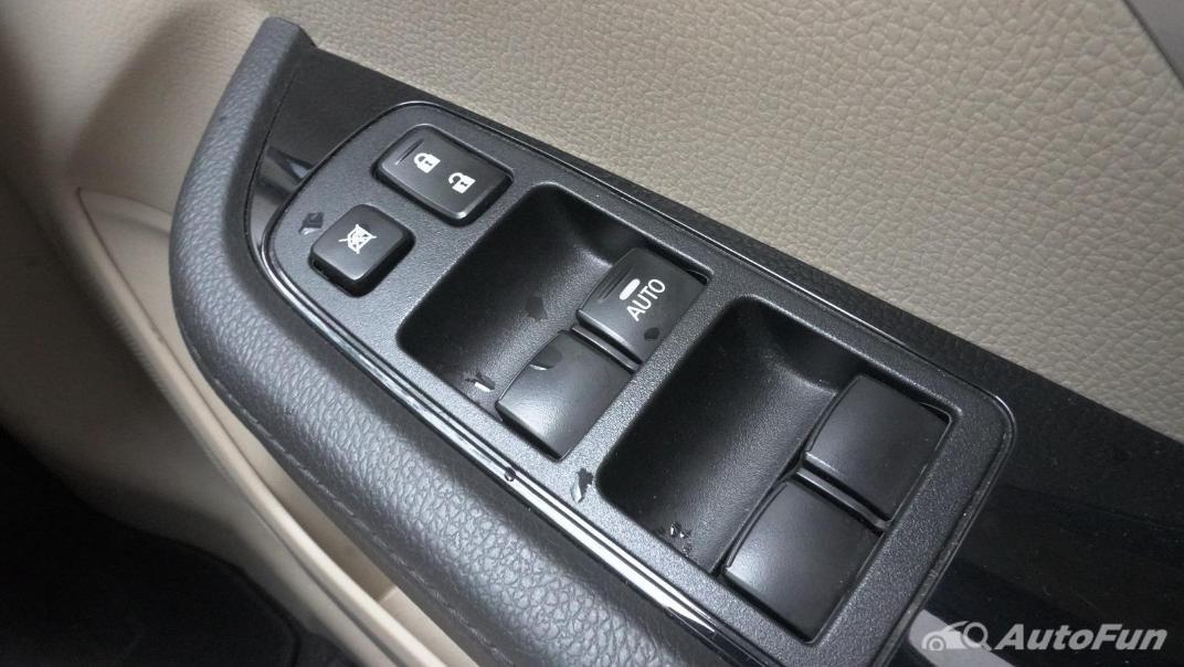 2020 Mitsubishi Xpander Ultimate A/T Interior 012