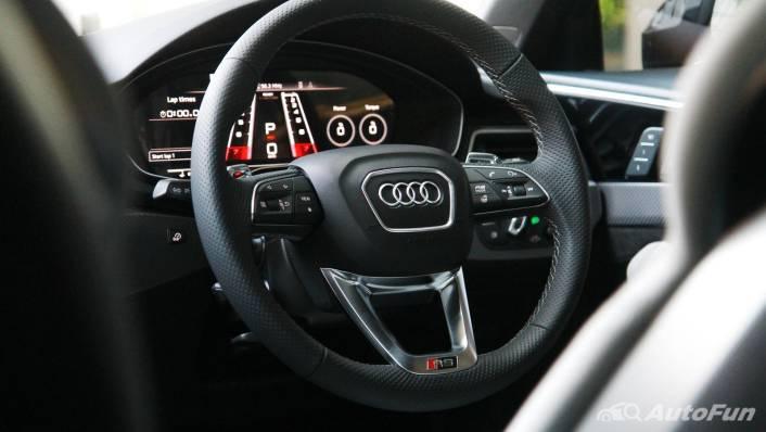 2021 Audi RS 4 Avant Interior 005