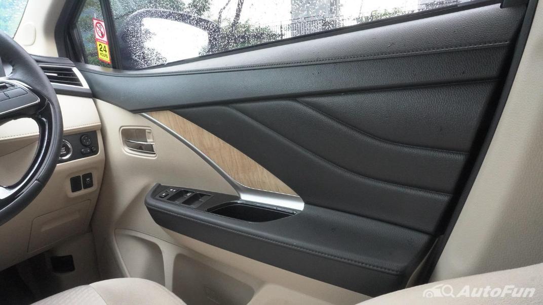 2020 Mitsubishi Xpander Ultimate A/T Interior 011