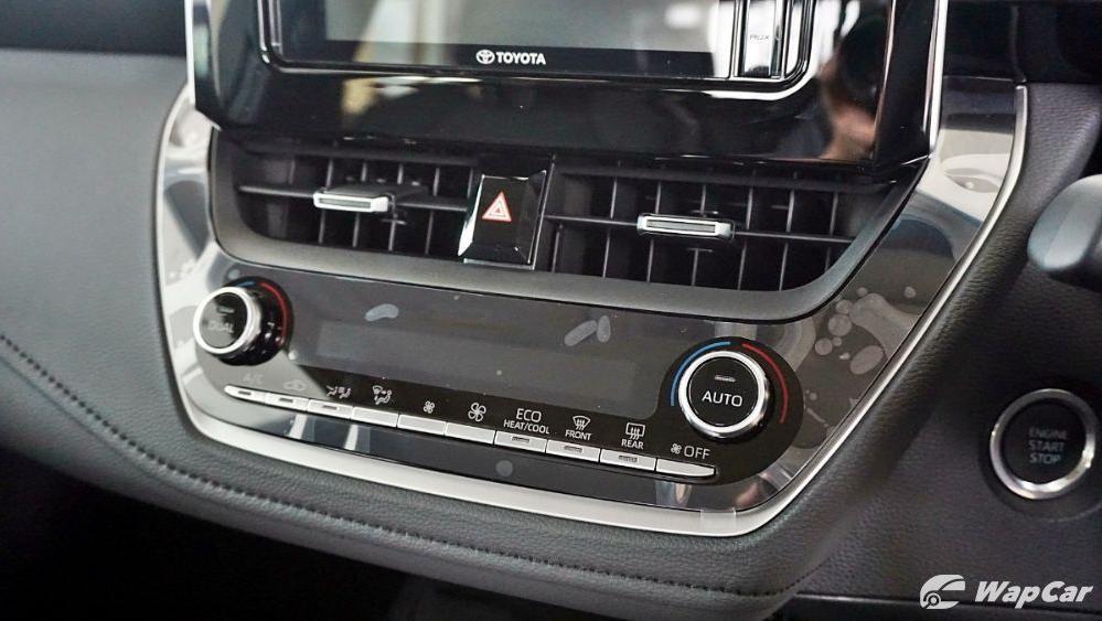 Toyota Corolla Altis 2019 Interior 062