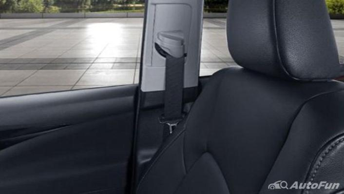 Toyota Venturer 2019 Interior 006