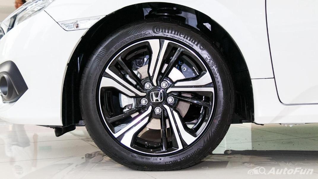 Honda Civic 2019 Exterior 021