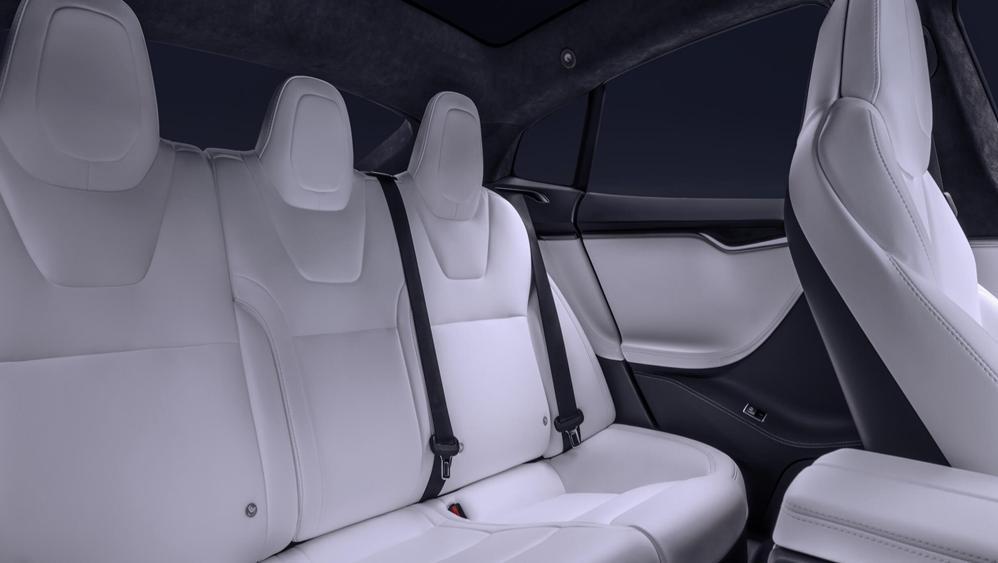 Tesla Model S 2019 Interior 008