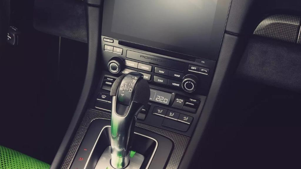 Porsche 911 2019 Interior 011