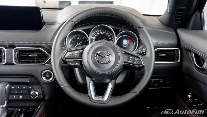 Mazda CX 8 2019 Interior 003