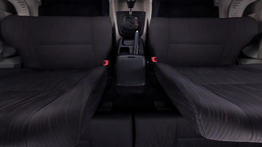 Daihatsu Grand Xenia 2019 Interior 009