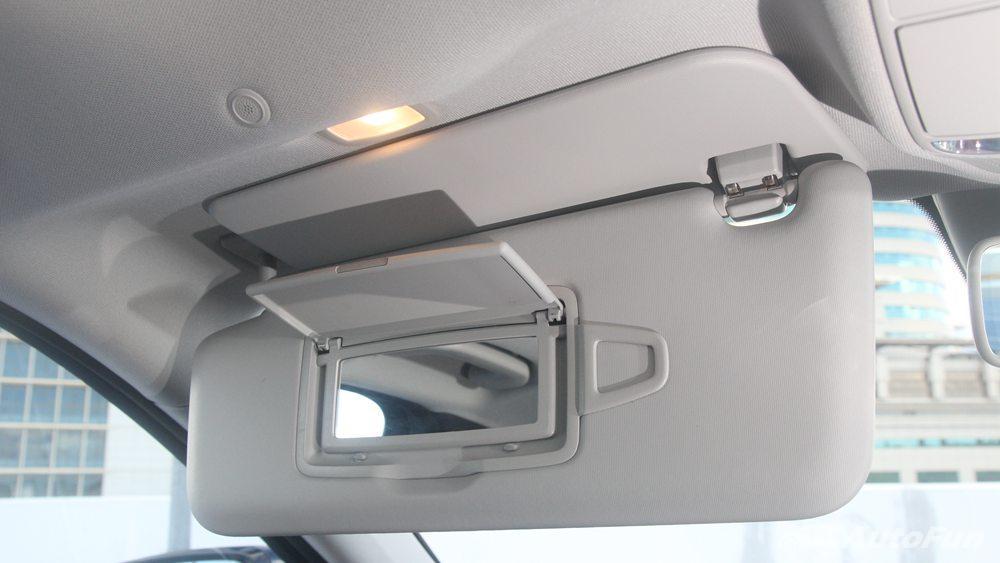 Mercedes-Benz E-Class 2019 Interior 060