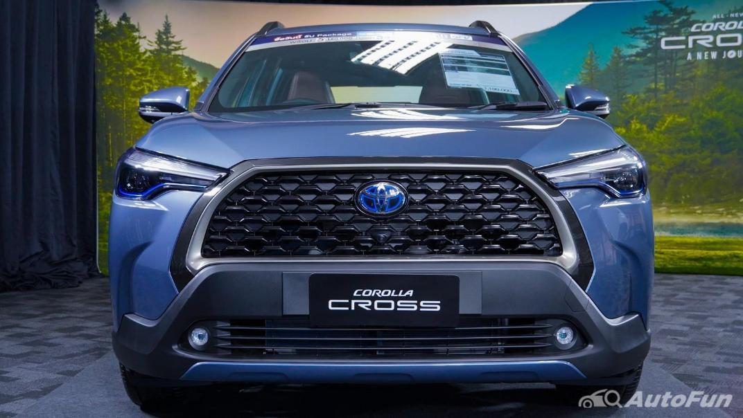 Toyota Corolla Cross Hybrid Exterior 006