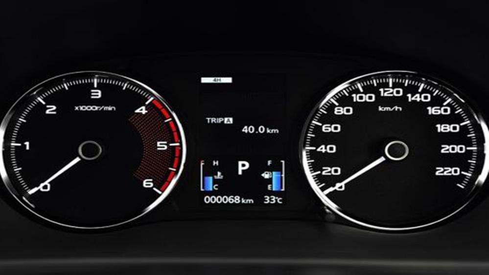 Mitsubishi Pajero Sport 2019 Interior 004