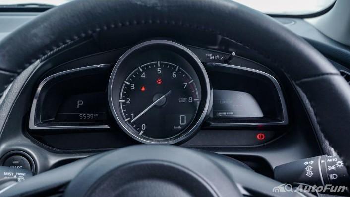 Mazda 2 GT AT Interior 003