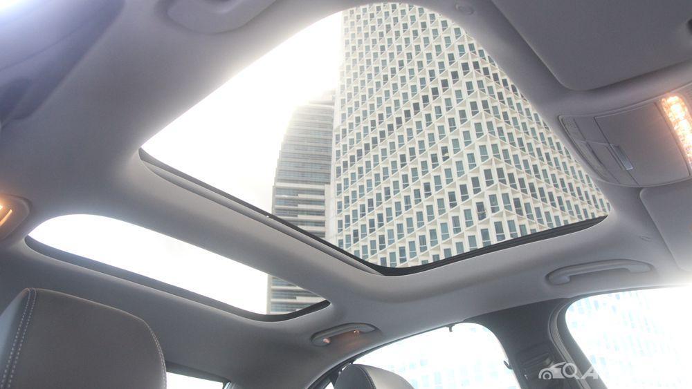 Mercedes-Benz E-Class 2019 Interior 063