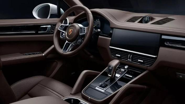 Porsche Cayenne 2019 Interior 001