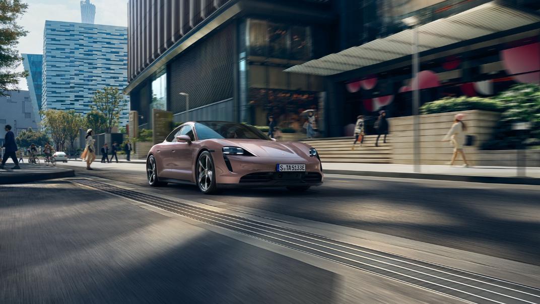 2021 Porsche Taycan Exterior 013