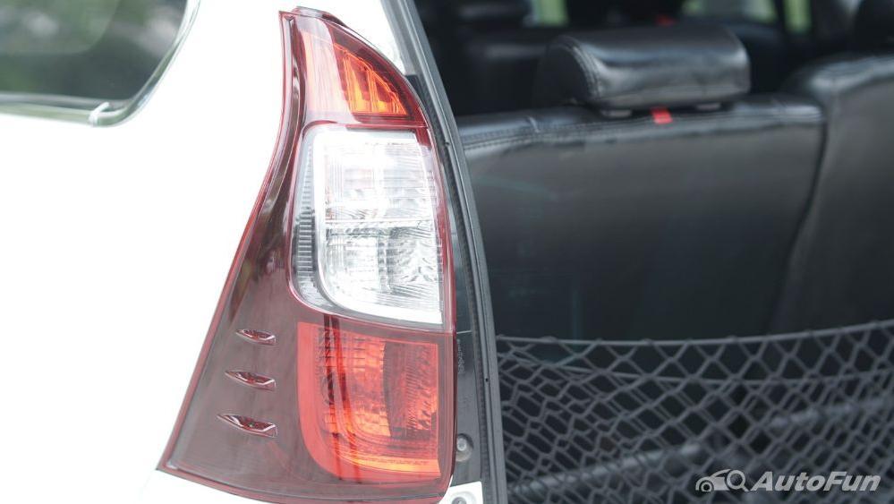 Toyota Avanza Veloz 1.3 MT Interior 051