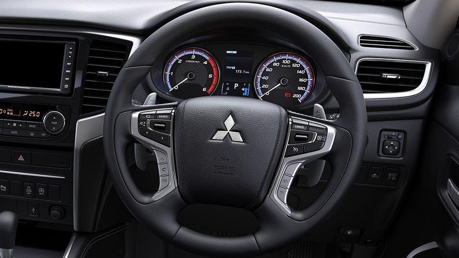 Mitsubishi Triton 2019 Interior 047