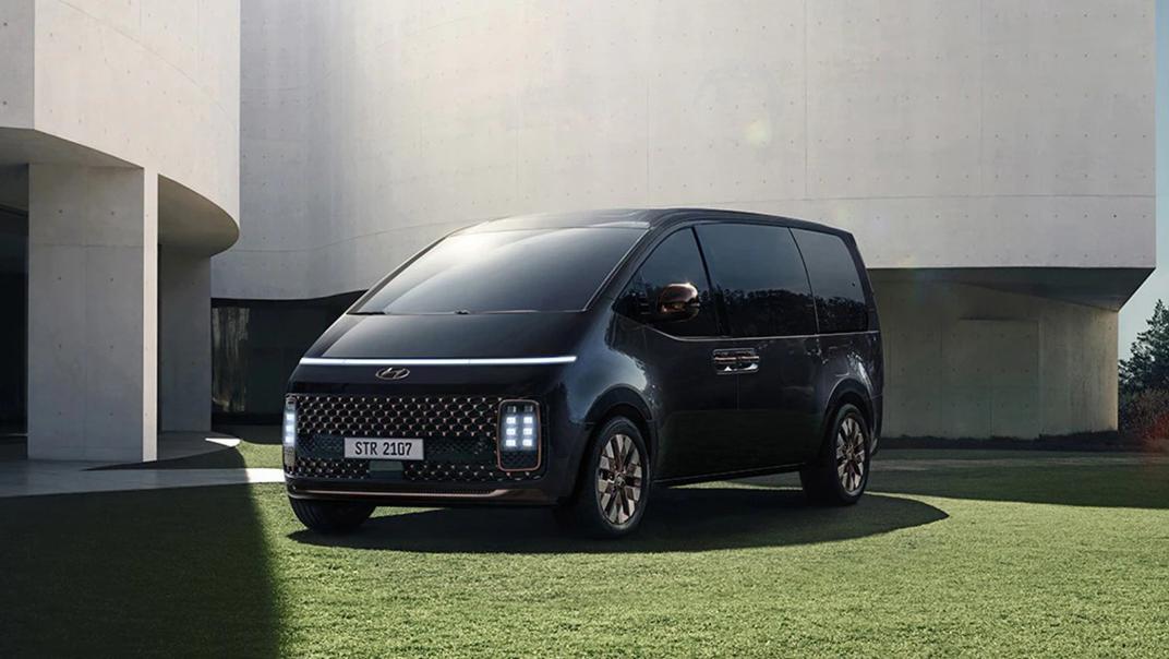2021 Hyundai Staria Exterior 003