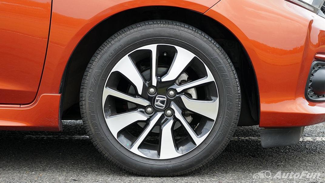 Honda Brio RS CVT Exterior 039